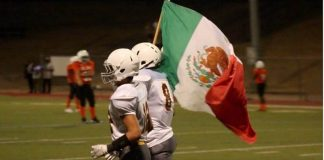 Texas Football Team Proudly Runs Onto Field Waving MEXICAN FLAG